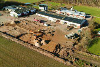 Neue Produktionshalle im Bau