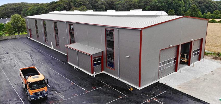Neue Produktionshalle fertiggestellt