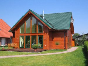 Vierck Holzhaus in Blockhausbauweise
